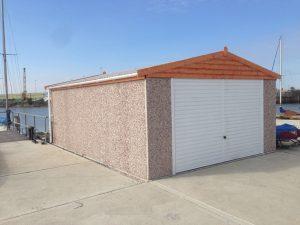 Apex double timber facia garage